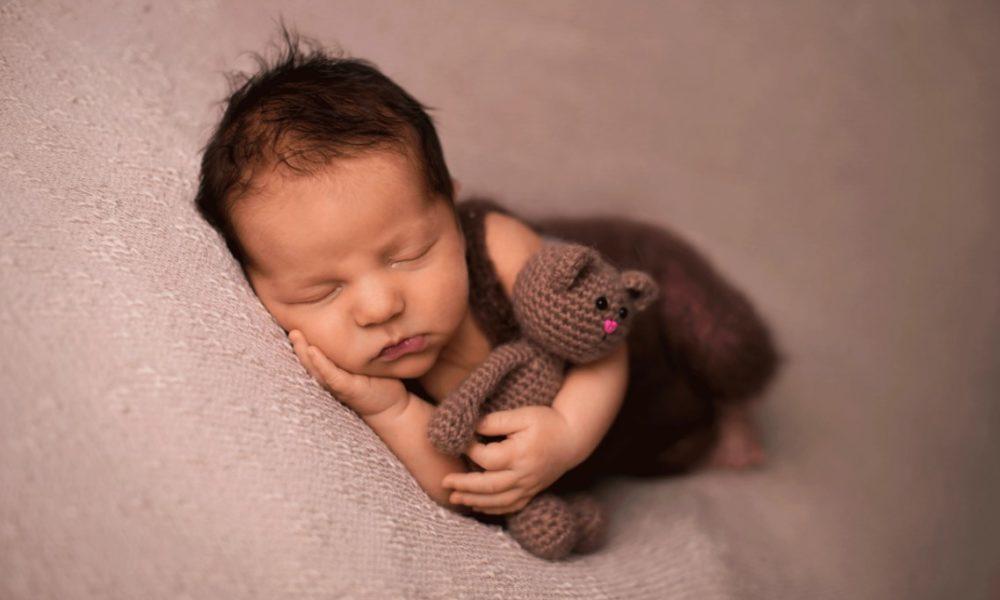 Narodziny malucha to czas zadziwiający pożądamy ocalić ową chwile.