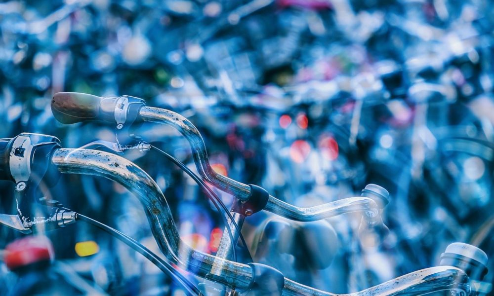 Każdy miłośnik jazdy rowerowej z pewnością czeka, aż wszelkie śniegi i lody zginą już w niepamięć.